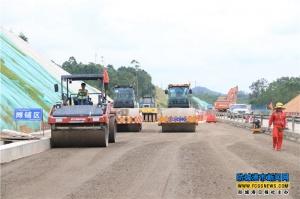 广西沿海高速南钦防段改扩建工程计划明年年底完工