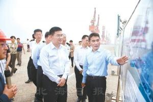 自治区政府党组成员杨晋柏到北海调研