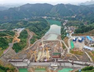 高清:广西柳江防洪工程落久水利枢纽工程进展顺利