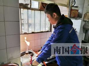 柳州开展预防一氧化碳中毒宣传 专业人士免费安检