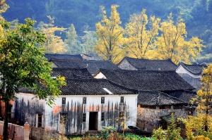12月18日焦点图:桂林53个村入选中国传统村落