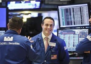 纽约股市三大股指4日大涨