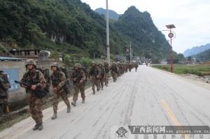 南疆边陲:广西边防旅某营开展实战化训练