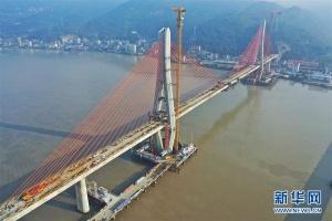 浙江乐清湾港区铁路瓯江特大桥即将合龙