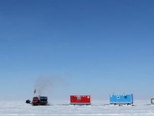 昆仑队16名科考队员安全撤离南极冰盖高原