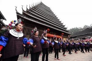 高清:三江近200名外嫁女子回娘家团圆迎新春
