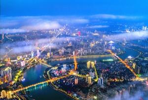 2月10日焦点图:首府南宁璀璨灯火构成美丽画卷
