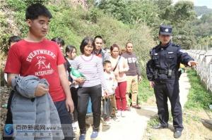 为?#36865;?#23478;团圆 龙邦移民警察春节期间坚守国门