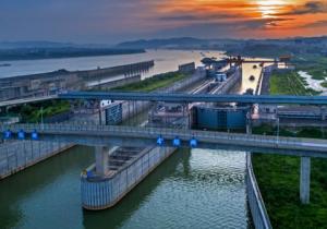 广西升级连通粤港澳西江通道 新改扩建一批工程