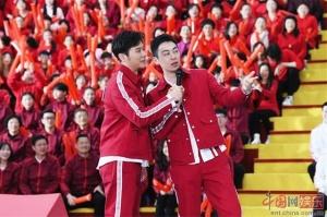 《奔跑吧》绍兴录制 兄弟团分组轮番花式K歌飙舞