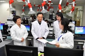陈武:全面提升市场监管能力和水平