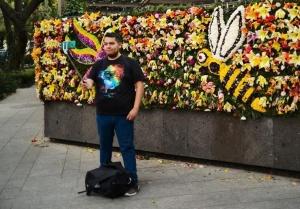 墨西哥城:鲜花装扮购物街 吸引民众关注环保