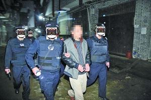 一团伙强收租金、毁坏公私财物!警方逮捕6名嫌犯