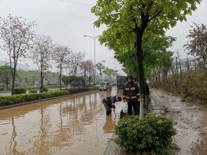 柳州11个小时发出四次雷电暴雨预警 注意防范灾害