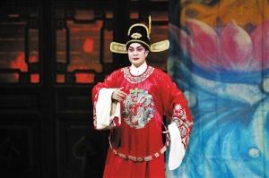 李金峰��在戏剧热土上放飞艺术梦