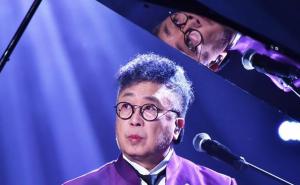 鲍比达中文演唱 张国荣曾称他为