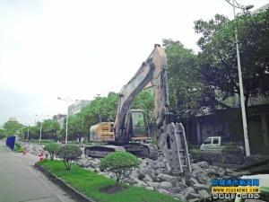 东兴大道翻修工程启动