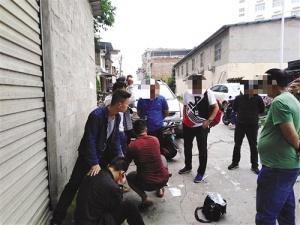 南宁民警带伤捉嫌犯 根据供述抓获24名涉毒人员