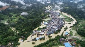 高清:受暴雨洪水影响 三江融安等县出现严重内涝