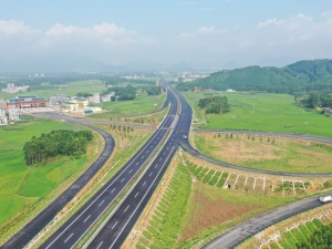 6月17日焦點:貴隆高速(貴港段)7月1日通車試運營