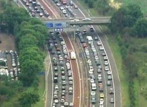广西年底前取消高速公路省界收费站 可不停车收费