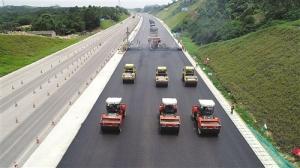 南欽防高速公路改擴建工程 預計10月前建成通車