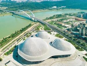 广西重大项目建设:奠定