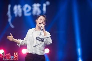 """38岁郑棋元竟成《声入人心》""""迷弟收割机"""""""