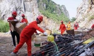 视频|场面震撼!南宁集中销毁数千件非法枪爆物品
