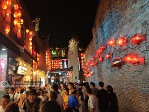"""桂林旅游""""火爆"""" 游客紛至沓來(圖)"""