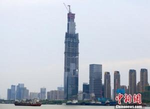 """报告称8月中国40城土地市场量价环比""""由涨转跌"""""""