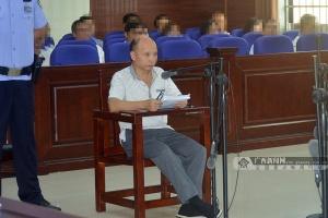 从业30余年为何坐在被告席?防城港一国企领导受审