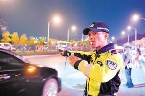 市民点赞南宁警方 小长假近千名群众求助得到解决