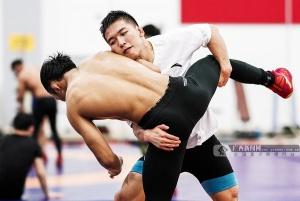 广西刘明瑚等3名运动员出征2019年世界摔跤锦标赛