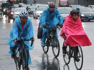 北京迎降雨降温天气