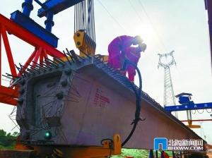 北海:向海大道工程进入关键性施工节点