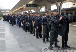 52名传销A级老总区外聚集被防城港警方一锅端(图)