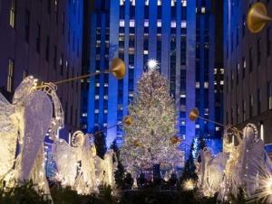 美国纽约洛克菲勒中心点亮圣诞树