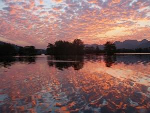 高清图集:美!桂林全州绚丽火烧云红透半边天