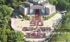 百色举办快闪活动纪念百色起义90周年