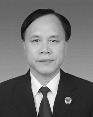 南寧一檢察官在公訴席上突發疾病殉職 年僅53歲