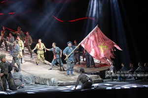 高清:追憶革命先輩 壯劇《百色起義》精彩上演