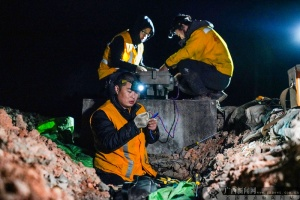 柳州電務段助力電氣化改造施工順利進行(組圖)