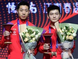 乒乓球-世界巡回赛总决赛:樊振东/许昕男双夺冠