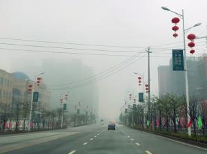 """广西阴雨持续无缘赏""""元宵月"""" 体感湿冷小心感冒"""