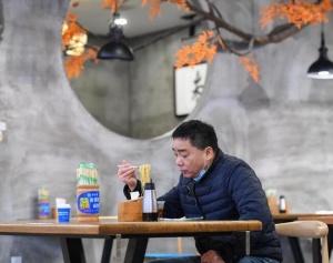 长沙:做好防疫措施 助力餐饮企业复工