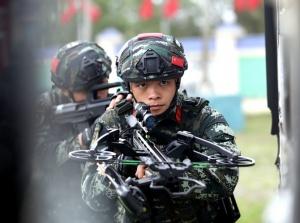 高清组图:直击武警钦州支队春季练兵
