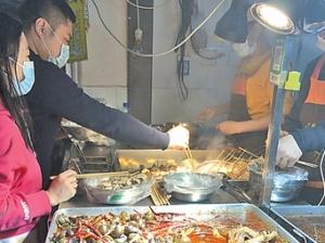 3月24日焦点图:撸串吃火锅 南宁餐饮业在复苏