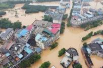 """柳州�@地方已成""""���"""" 洪水漫灌�M街,附近汪洋一片"""