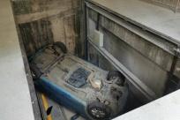 6月20日焦点图:女子在立体停车场连人带车坠入深坑